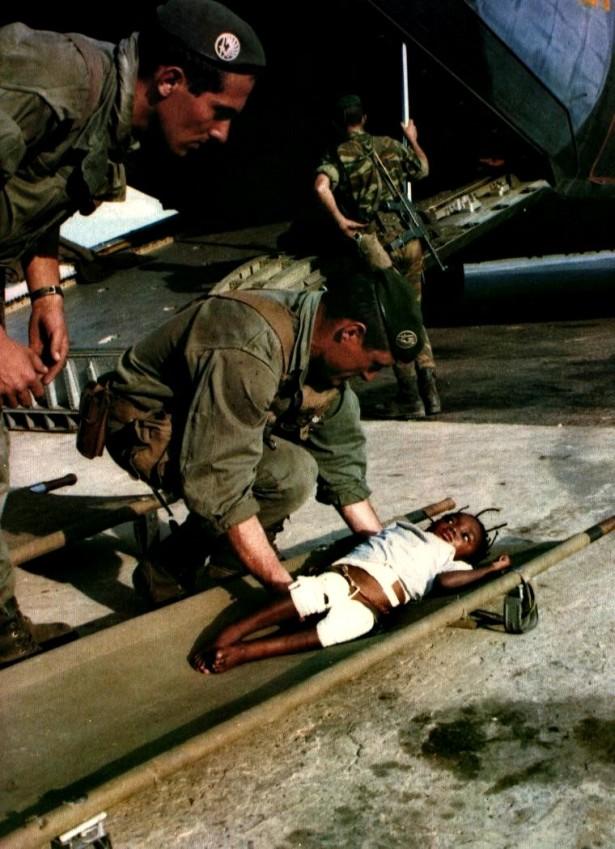 30 mai verlegung von verwundeten nach lumbumbashi hintergrund C 160 - Kopie