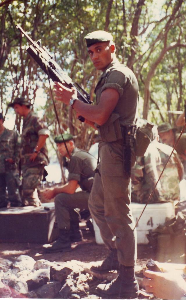 Avec le Navy Seal Team 4 in Puerto Rico